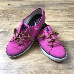 Sperry sneakers size 8